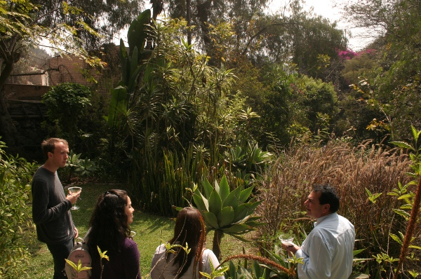Visit Lima's secret garden: Another close friend will soon be delighted to receive Aracari guests during a luxury Lima tour, Aracari Travel