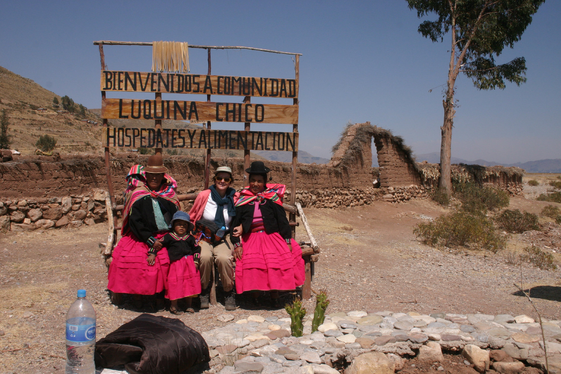 Luquina Chico Community Based Tourism, Aracari Travel