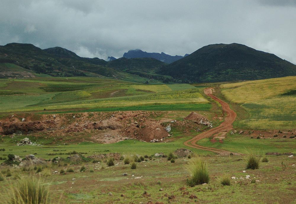 Mountain Biking Maras & Moray, Aracari Travel