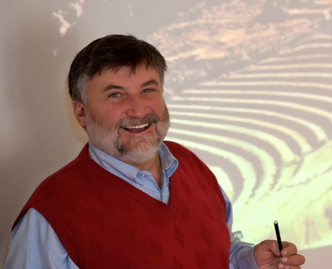 Cusco Specialist Guide Dr. Jean-Jacques Decoster, Aracari Travel