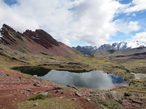 The Apu's Trail: Ausangate Lodge Trek, Aracari Travel