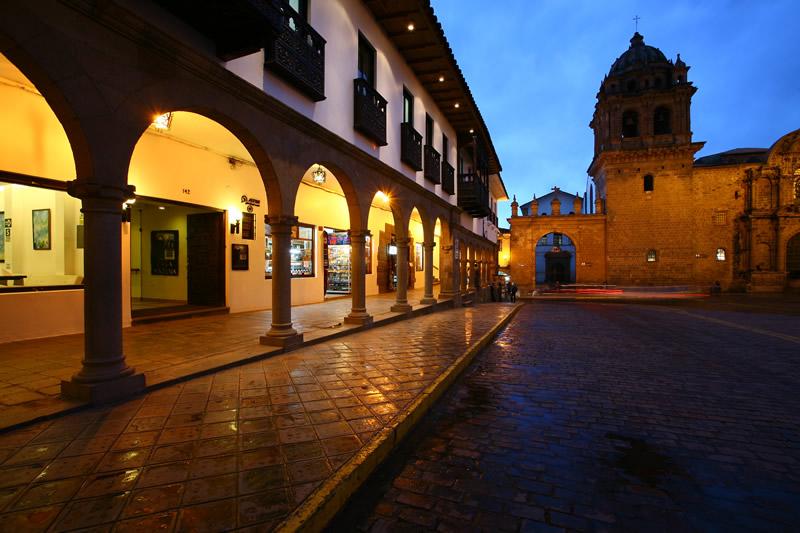 Casa andina classic cusco plaza luxury hotels aracari for Hotel casa andina classic cusco plaza