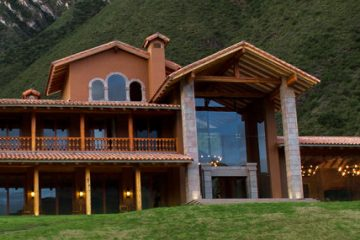 Luxury Hotels in Peru, Aracari Travel