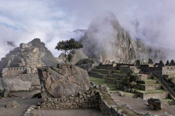 Peru Treks, Aracari Travel