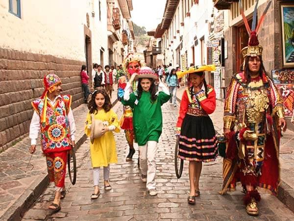 Events in Peru cusco treasure hunt