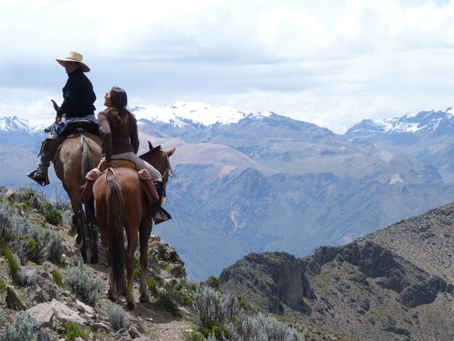 Events in Peru Horseback riding Aracari travel