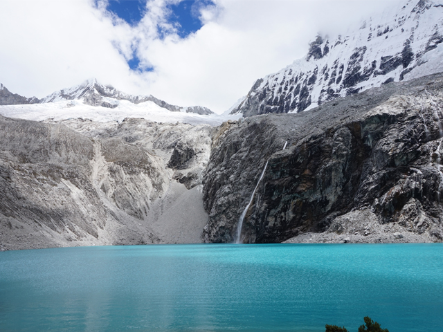 Hike to Laguna 69 in the Cordillera Blanca, Aracari Travel
