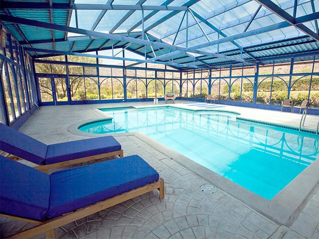 cuesta serena pool