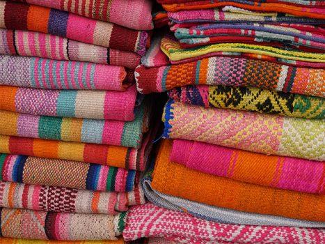 Peruvian Textiles – then and now, Aracari Travel