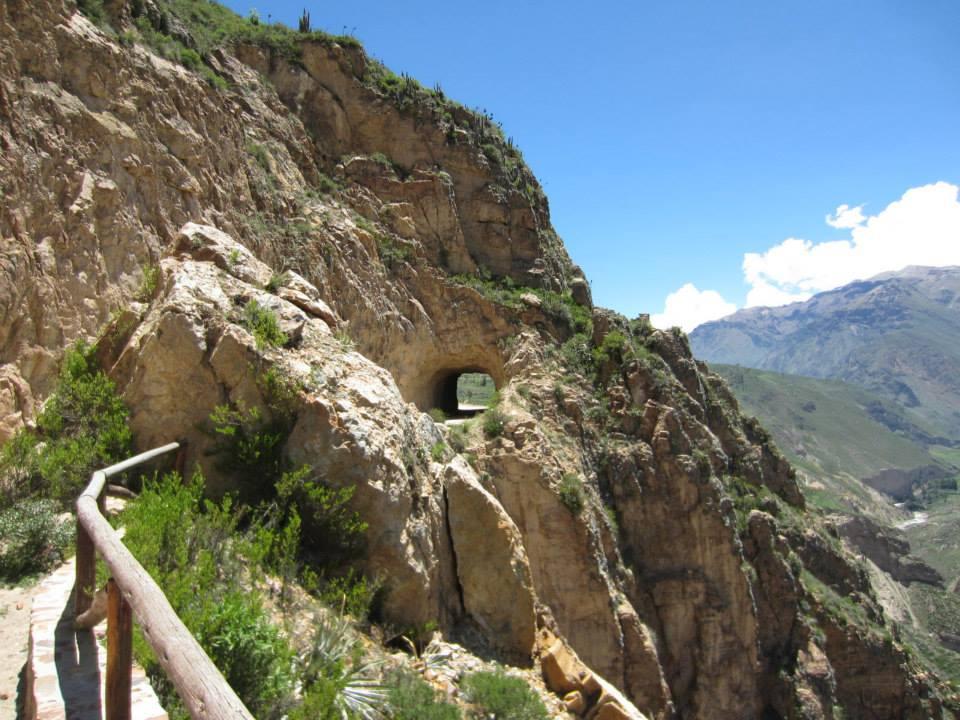 exploring colca canyon