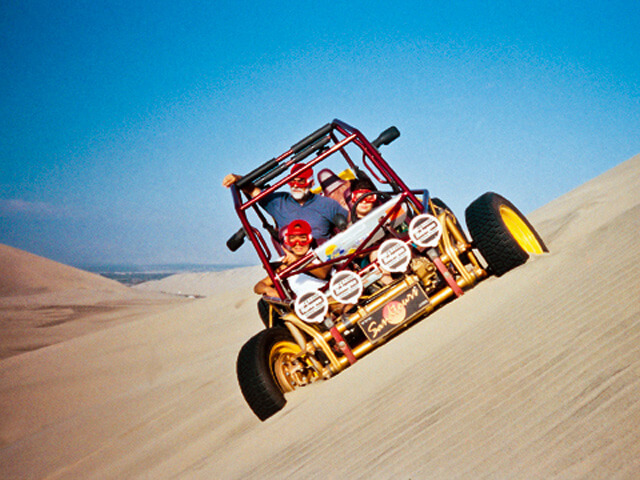 Sand-buggies-in-the-desert-Paracas-Insider-experiences-in-Peru