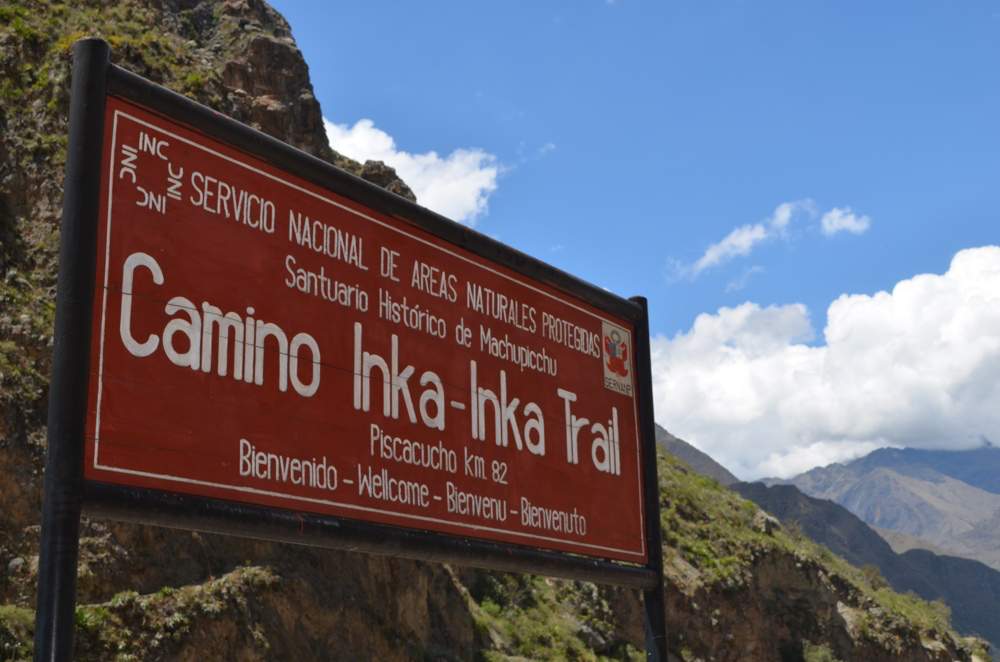 Inca Trail in Peru - Welcome sign day 1