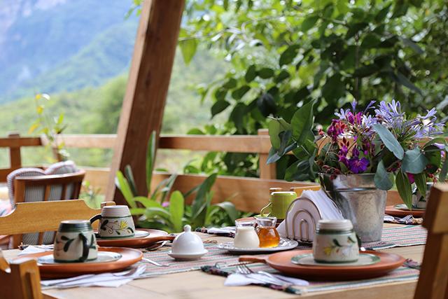 Kuelap hotels - breakfast at Gocta Natura